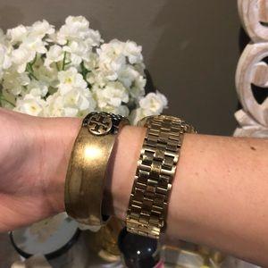 Tory Burch Jewelry - Tory Burch Crystal Embellished Bracelet